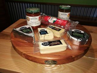 Pizza and Chopping Boards, Platters and Cheese Boards
